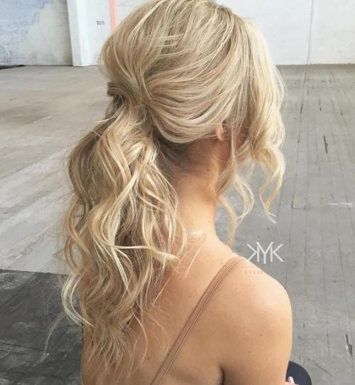 Classy-Pinned-Hair 10 Glamorous curly ponytails you must try