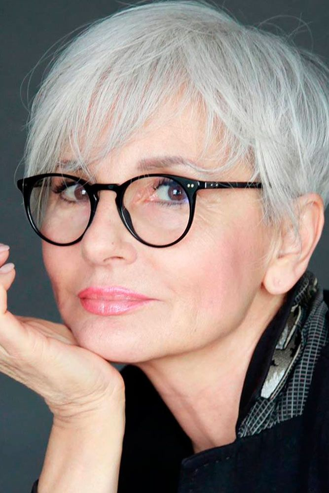 Cropped-Hair-with-Side-Swept-Bangs Easy Hairstyles for Women Over 50