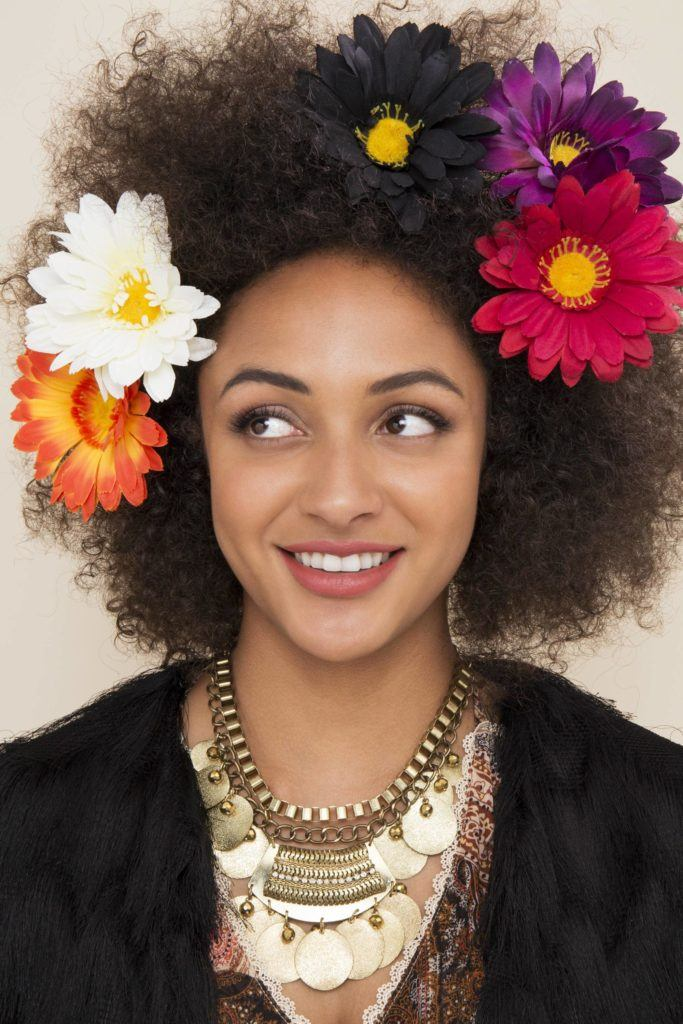Flowery-Afro-Hairstyle Hippie Hairstyles for a Stylish and Reviving Look