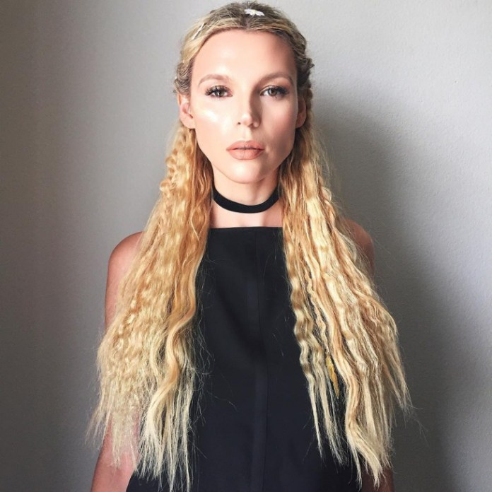 French-Twists-with-Crimped-Waves Hippie Hairstyles for a Stylish and Reviving Look