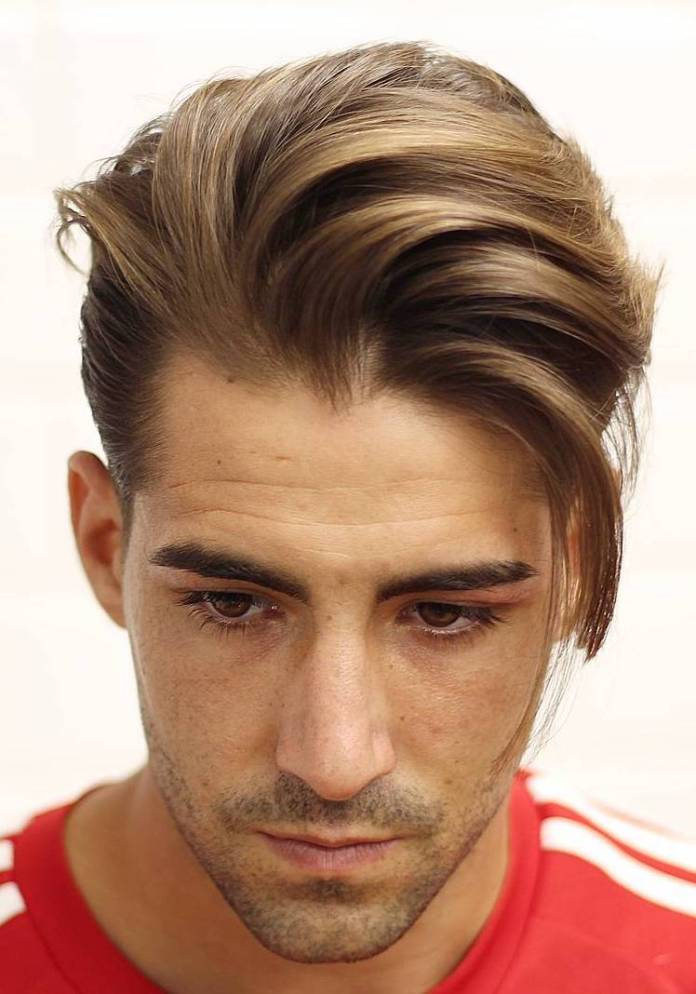 Layered-Textured-Hair Mens Hairstyles with Thin Hair for Ultra Stylish Look