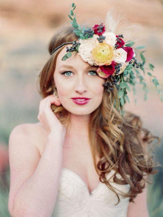 Major-Flowers-Headpiece 15 Stunning Bridal Hairstyles