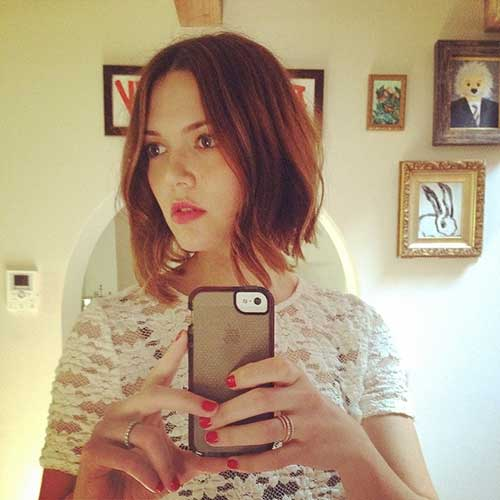 Mandy-Moore's-Bob-Hairstyle Short Trendy Hairstyles 2020