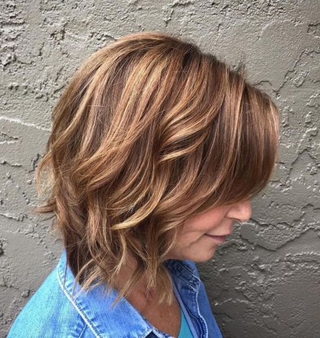 Messy-Chocolate-Bob Short hair – Perfect choice for women over 40