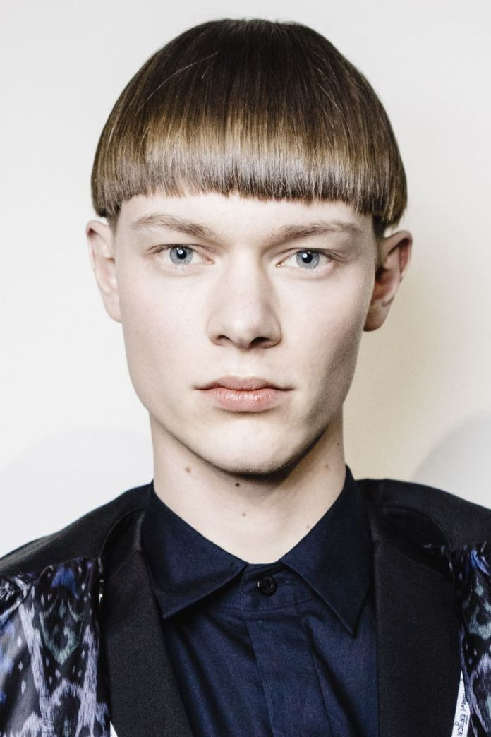 Mushroom-Cut Mens Hairstyles with Thin Hair for Ultra Stylish Look