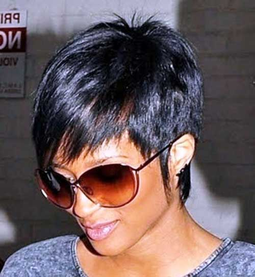 Nice-Short-Pixie-Haircut-for-Women Short Trendy Hairstyles 2020