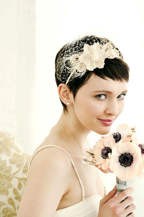 Pixie-1.4-Veil 15 Stunning Bridal Hairstyles