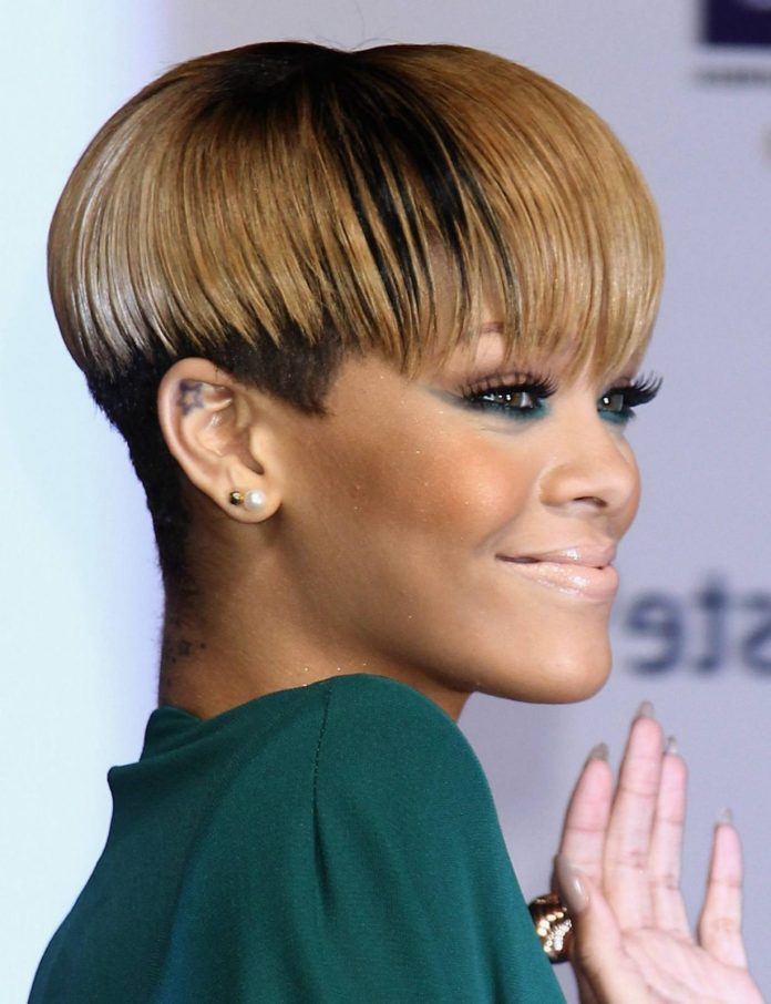 Round-Haircut-with-a-Blend-of-Multi-Tones Short Hairstyles for Black Girls to Look Flawless