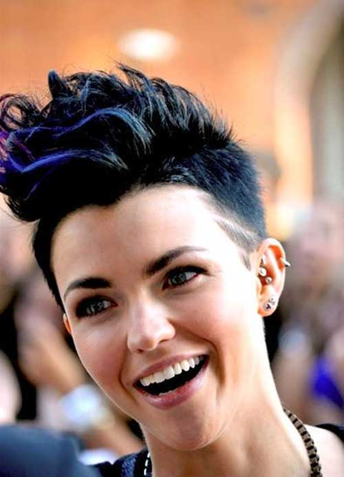 Ruby-Rose's-Different-Short-Sipked-Hairstyle Short Trendy Hairstyles 2020