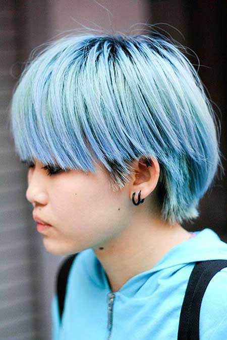 Short-Blue-Layered-Hair Short hair color ideas