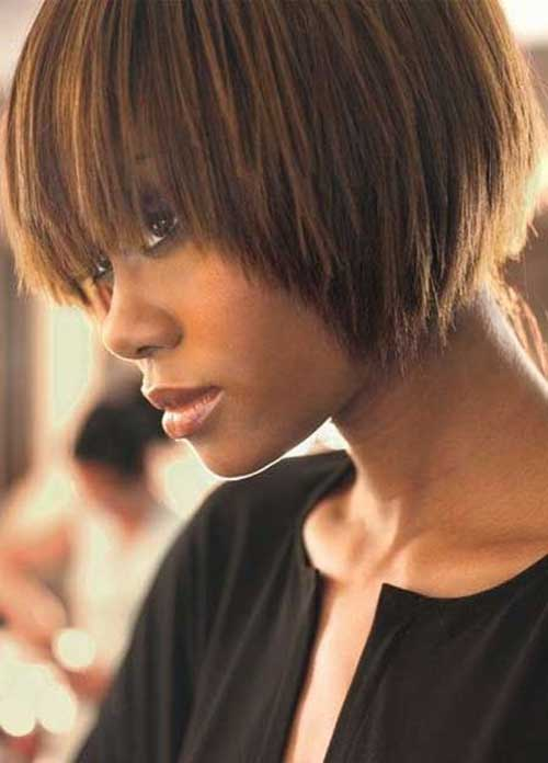 Short-Brown-Hair-with-Caramel-Highlights 15 On-trend Bob Haircuts For Black Women