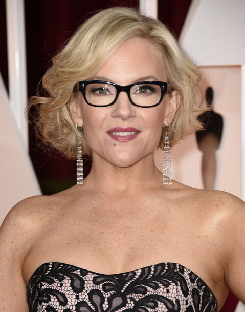 Short-Curly-Wavy-Bob-Hairstyle Wavy Hairstyles for Women Over 50 – Look Young And Beautiful