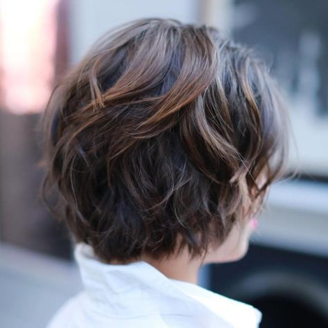 Short-Wavy-Cut-with-Messy-Layers Short Haircuts For Thick Hair