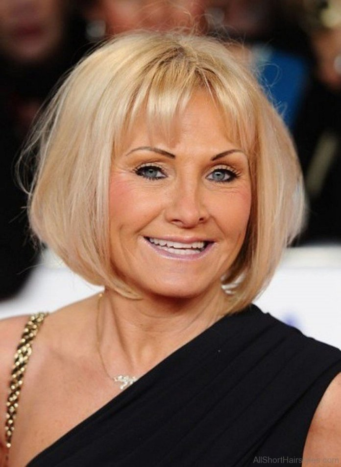 Versatile-Blonde-Bob-Hairstyle Hairstyles For Women Over 50 With Bangs