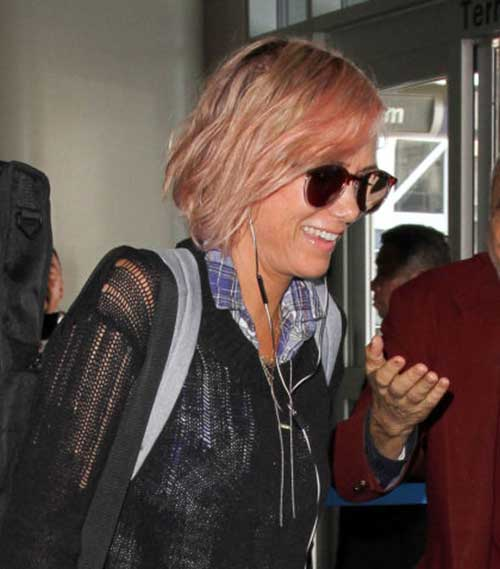 pink-and-messy-bob-hair-of-Kristen-Wiig Best Celebrity Bob Hairstyles