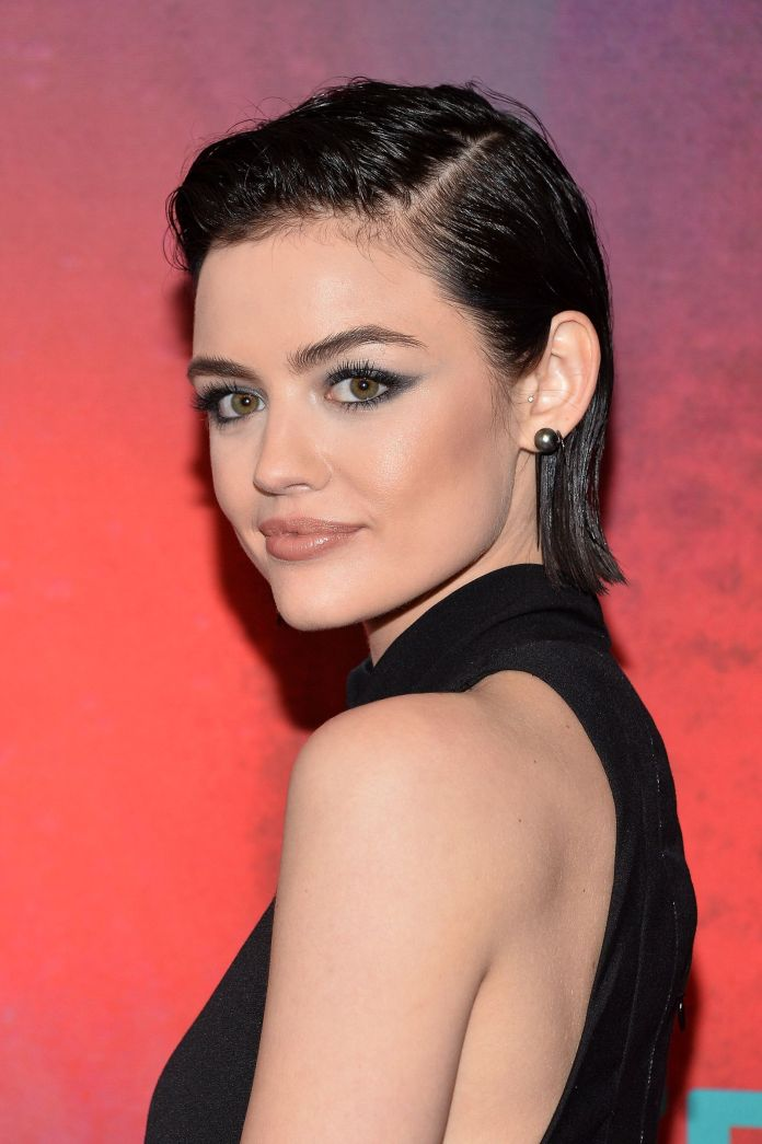 All-So-Glam-Black-and-Sleek Roaring and Attractive Short Hairstyles 2020