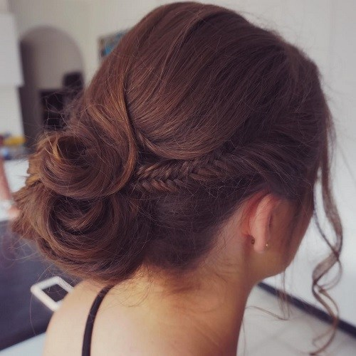 Formal-Bun-for-Medium-Hair 10 Messy Bun Hairstyles to Refresh Your Casual Look