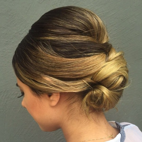 Formal-Short-Hair-Bun Quick and Easy Short Hair Buns to Try