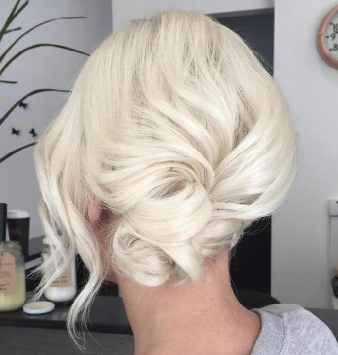 Ice-Princess-Bun Quick and Easy Short Hair Buns to Try