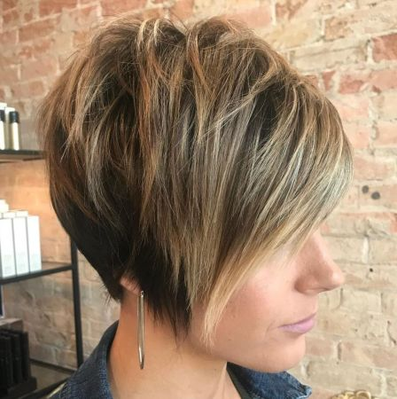 Long-Tapered-Pixie-with-Messy-Crown 12 Stunning short layered bob haircuts