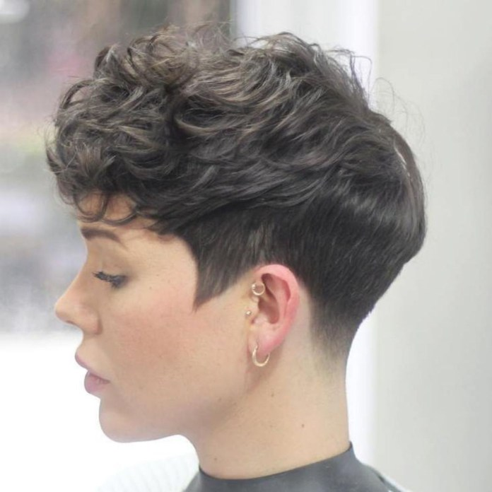 Rough-Pixie-for-Dim-Dark-Colored-Hair Undoubtedly Coolest Pixie Cuts for Wavy Hair