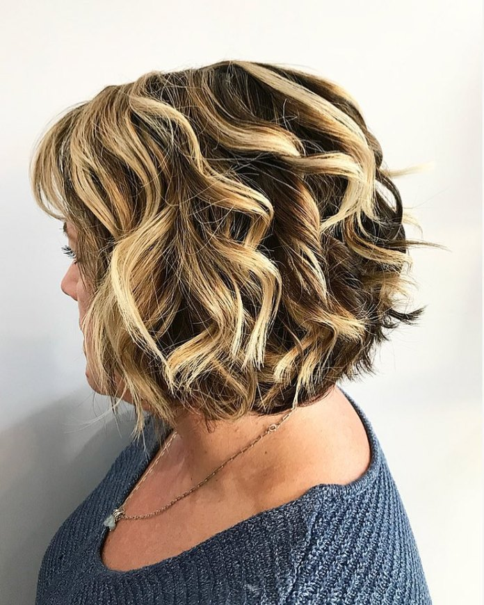 Soft-and-blended 15 winning-looks short hairstyles for Women Over 40