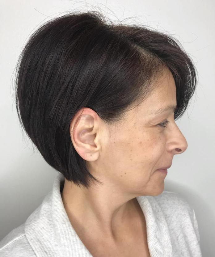 Textured-Bob-for-Thick-Hair Short Hairstyles for Older Women Who Want a Timeless Look