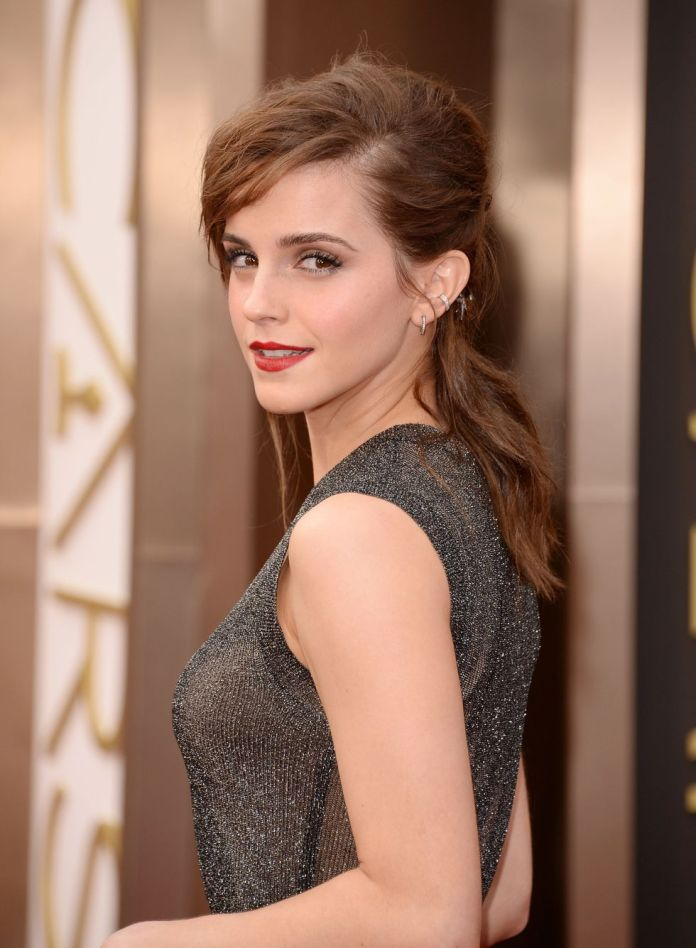 half-ponytail-style Best Trendy Half-up, Half-Down Hairstyles you must try.