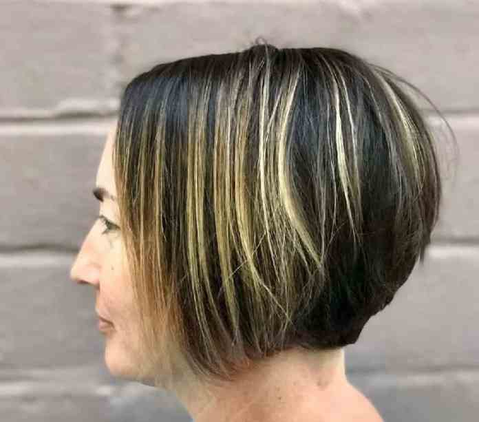 Black-Hair-Blonde-Highlights Gorgeous Black Hairstyles with Highlights