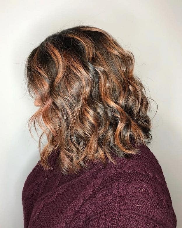 Brunette-Hair-Highlights-and-Waves Flattering Wavy Bob Hairstyles for Women