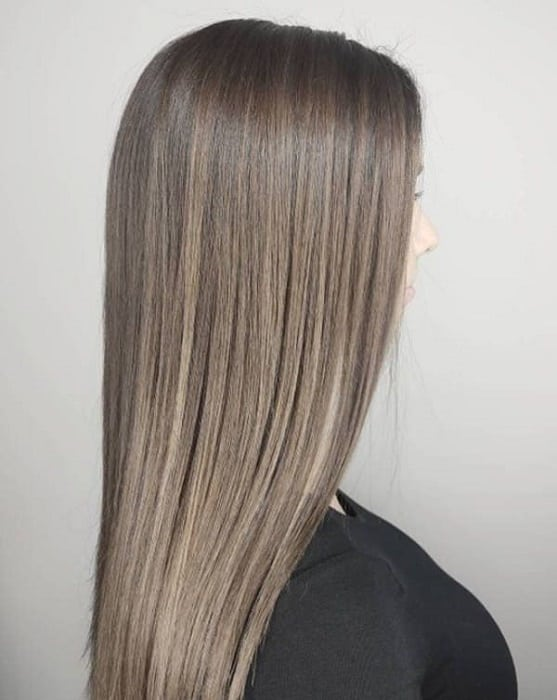 Dark-to-Light-Ash-Brown-Ombre Enthralling Long and Straight Hair Ombre for Women