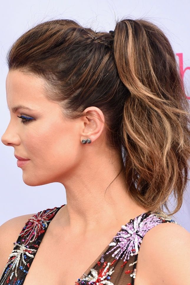 High-Messy-Ponytail 10 volume-boosting hairstyles for thin hair you should take into account