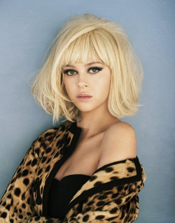 Layered-Bob-1 Flawless Blonde Bob with Bangs Hairstyles to Try 2020