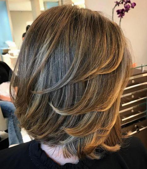 Layered-Cut-for-Medium-Straight-Hair-1 14 Sensational Medium Length Haircuts for Thick Hair