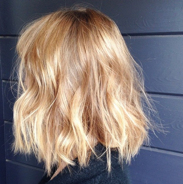 Long-Blonde-Choppy-Bob-with-Waves Gorgeous Choppy layered bobs in 2020