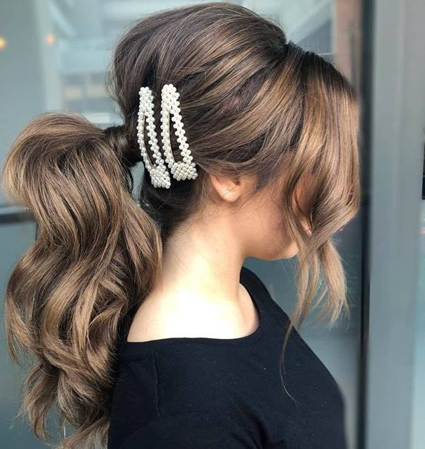 Puff-Ponytail- Bewitching Brunette Ombre Hair Ideas (2020 Guide)