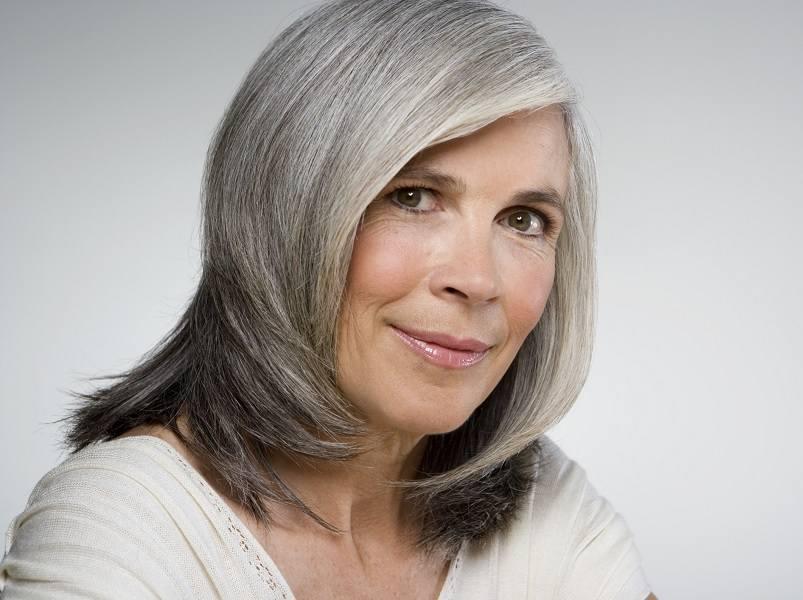Reverse-Ombre Loveliest Medium Length Hairstyles for Older Women