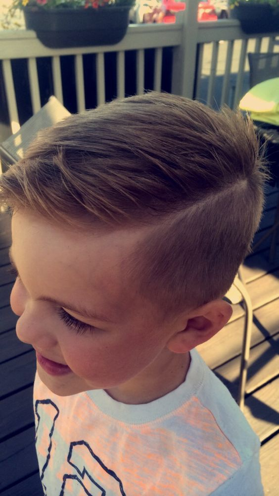 Side-Splitting-with-Undercut Cute Haircuts for Boys for Charming Look