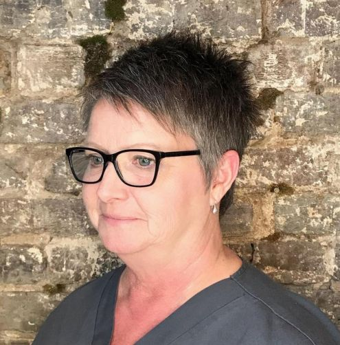 Spiky-Cut-for-Round-Faces-with-Spectacles 10 Flattering and Stylish Hairstyles for Women over 50 with Glasses