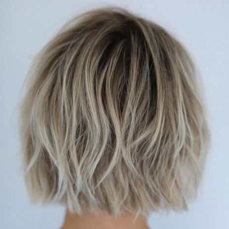 Straight-Cut-Bob-with-Layers Gorgeous Choppy layered bobs in 2020