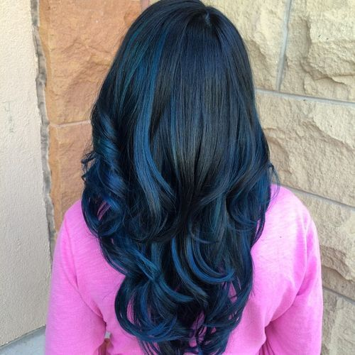 Subtle-Blue-Black-Waves 14 Eye-catching Blue Ombre Hairstyles