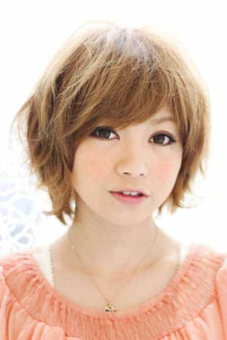 Volume-on-top Cutest Bob Haircuts for Women to Bump Up The Beauty