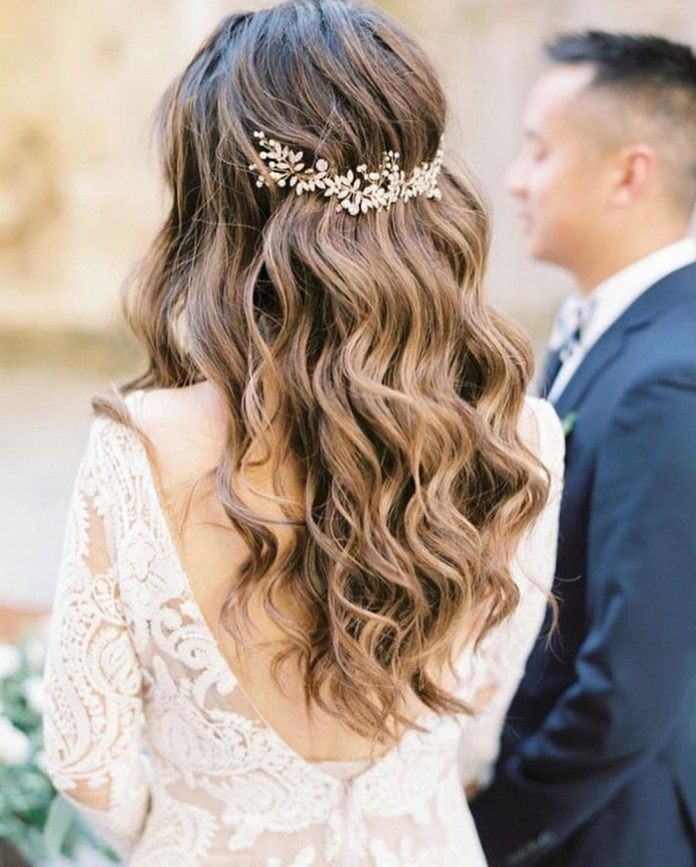 Accessorized-Hairstyle Ultra Modern Wedding Hairstyles 2020