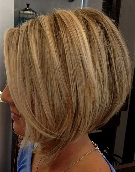 Blonde-Thick-Classic-Bob 25 Blonde Bob Haircuts