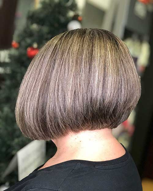 Graduated-Short-Bob Super Short Haircuts for Women