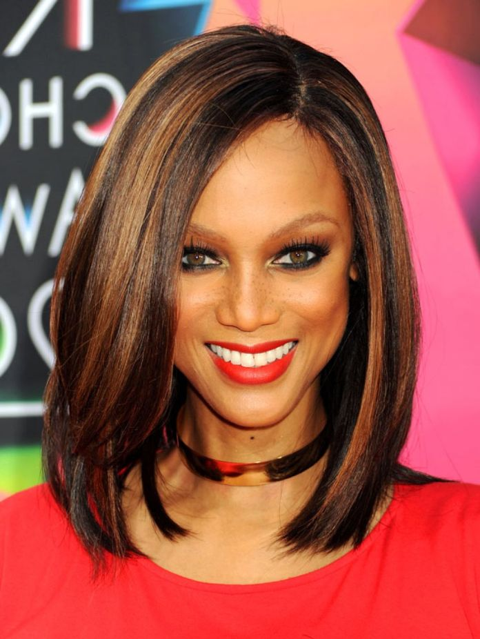 Highlighted-Sleek-Hairstyle Most Coolest Medium Hairstyles with Color