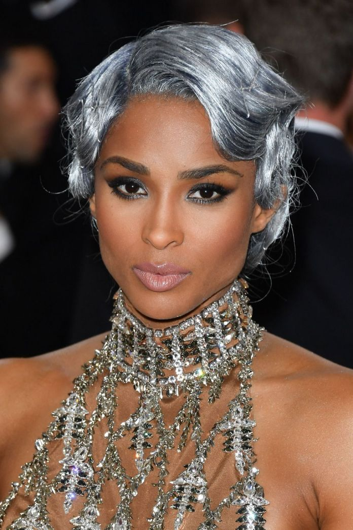 Icy-Platinum 10 Stunning Celebrities With Gorgeous Gray Hairstyles