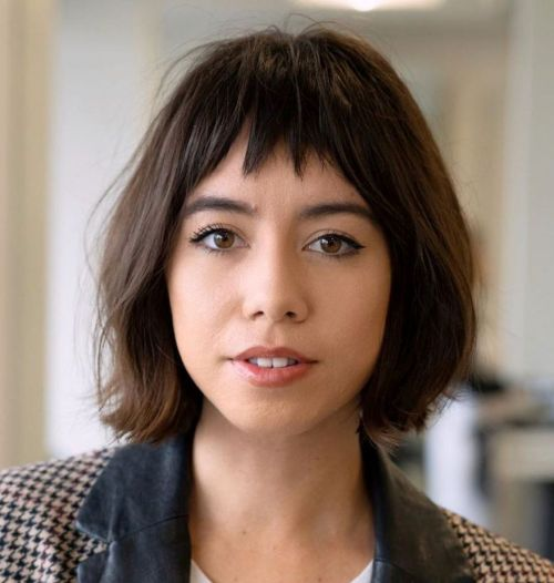 Jaw-Length-Bob-with-Bangs 12 Flattering Chin-Length Hairstyles You Need to Try