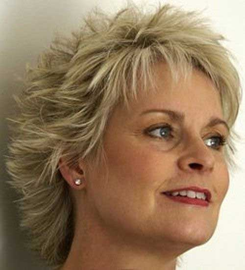 Layered-Short-Hair-for-Older-Ladies-Trend 20 Awesome Short Haircuts for Older Women