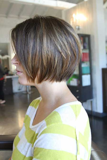 Nice-Straight-Line-Bob-for-Girls Gorgeous Layered Cut Bob Hairstyles